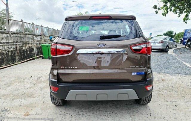 Ford Ecosport Titanium giảm 50% thuế trước bạ, 140 triệu nhận xe, giao ngay trước tết4