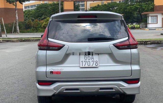 Bán xe Mitsubishi Xpander đời 2018, màu bạc chính chủ, 583tr3