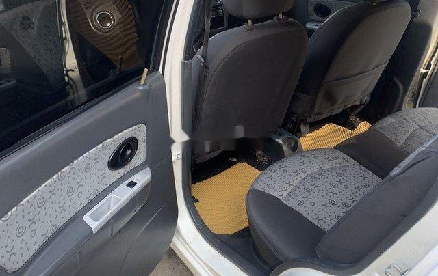 Xe Chevrolet Spark năm sản xuất 2010, màu trắng 5