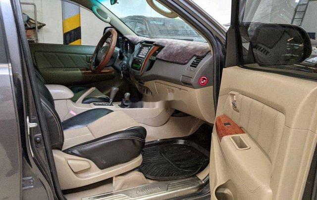 Bán Toyota Fortuner 2.7AT sản xuất năm 2010, 495 triệu7
