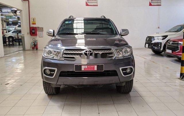 Cần bán gấp Toyota Fortuner sản xuất 2010 còn mới0