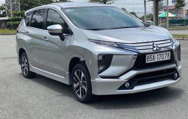 Bán xe Mitsubishi Xpander đời 2018, màu bạc chính chủ, 583tr2