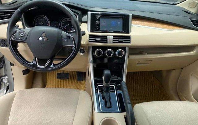 Bán xe Mitsubishi Xpander đời 2018, màu bạc chính chủ, 583tr7