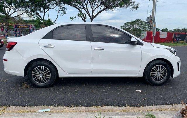 Cần bán lại xe Kia Soluto sản xuất năm 2019 còn mới1