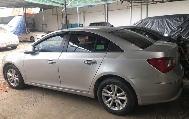 Bán xe Chevrolet Cruze sản xuất năm 2016, số sàn, giá bán 330 triệu3