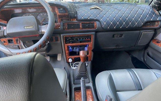 Xe Toyota Camry năm 1989, nhập khẩu, giá tốt8