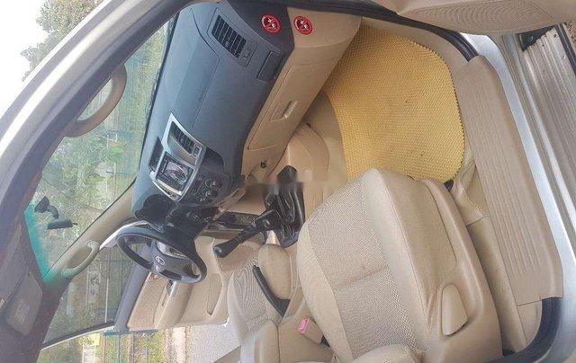 Xe Toyota Hilux sản xuất 2014, nhập khẩu còn mới5