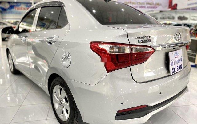 Bán Hyundai Grand i10 đời 2017, màu bạc còn mới, giá tốt3
