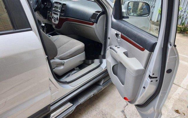Cần bán gấp Hyundai Santa Fe đời 2008, màu bạc, xe nhập chính chủ, 315 triệu7