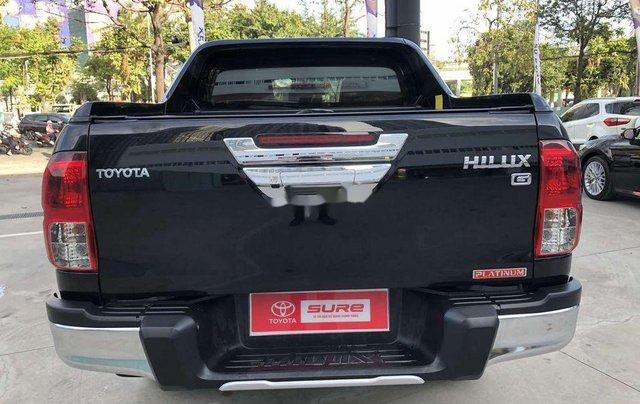 Bán Toyota Hilux 2.8AT năm sản xuất 2020, giá 870tr7