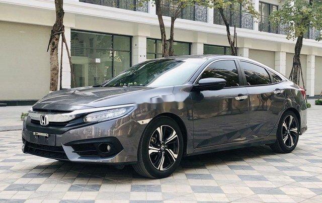 Bán ô tô Honda Civic năm sản xuất 2017, xe chính chủ, giá ưu đãi0
