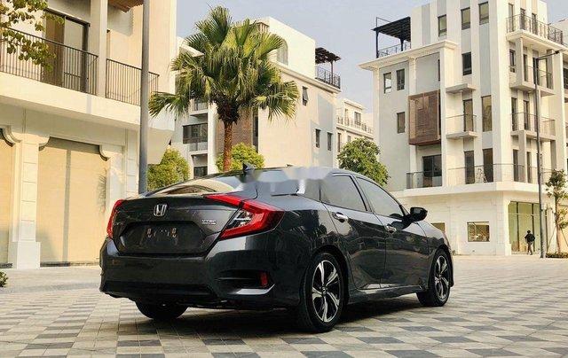 Bán ô tô Honda Civic năm sản xuất 2017, xe chính chủ, giá ưu đãi4