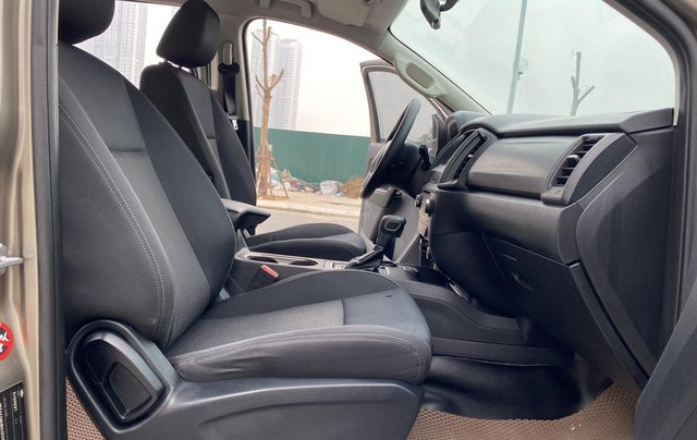 Ford Everest 2.0AT Trend, SX năm 201912