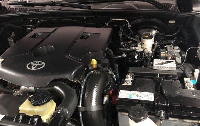 Xe Toyota Fortuner sản xuất năm 2017, nhập khẩu nguyên chiếc còn mới, giá tốt6