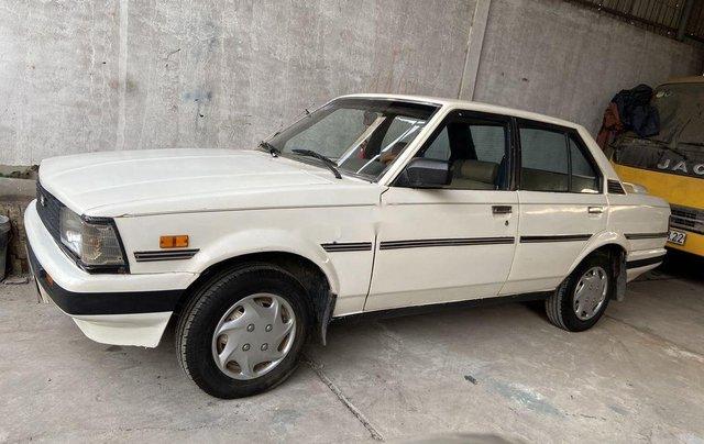 Cần bán lại xe Toyota Corolla sản xuất năm 1981, màu trắng3
