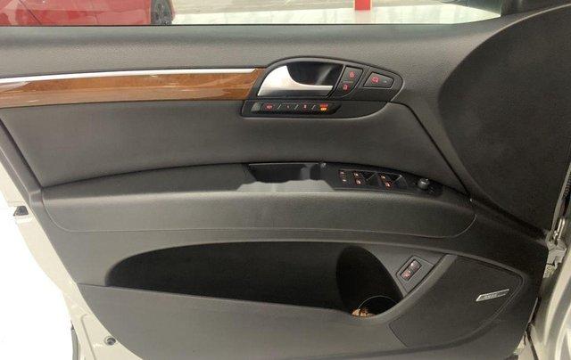 Xe Audi Q7 năm sản xuất 2006, màu bạc, nhập khẩu 11
