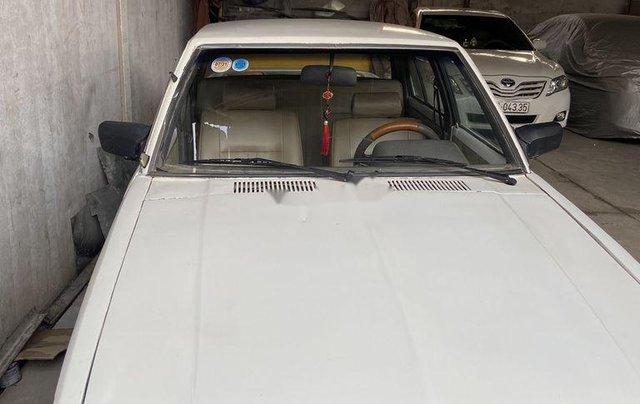 Cần bán lại xe Toyota Corolla sản xuất năm 1981, màu trắng0