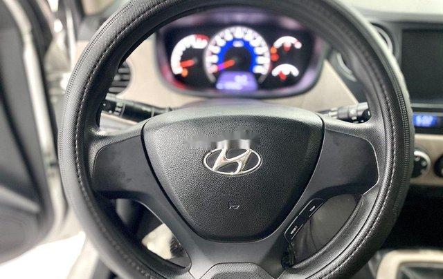 Bán Hyundai Grand i10 sản xuất 2019, màu trắng chính chủ4