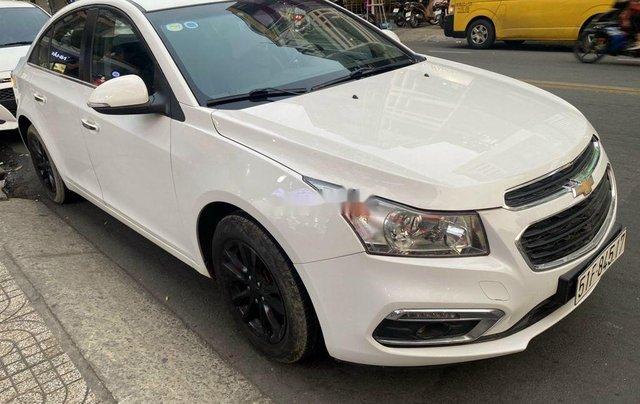 Bán Chevrolet Cruze đời 2016, màu trắng, 345 triệu2