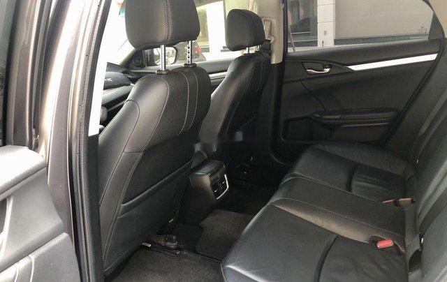 Bán ô tô Honda Civic năm sản xuất 2017, xe chính chủ, giá ưu đãi5