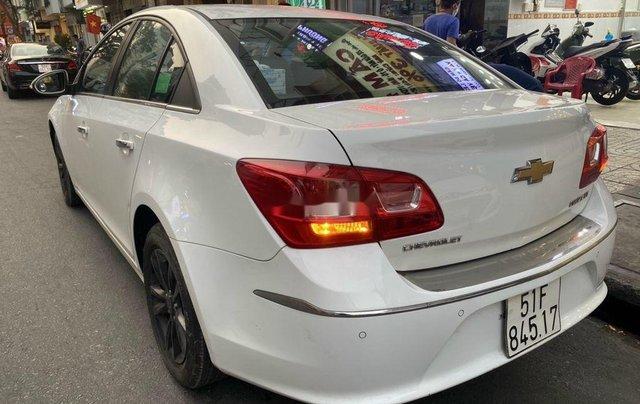 Bán Chevrolet Cruze đời 2016, màu trắng, 345 triệu4