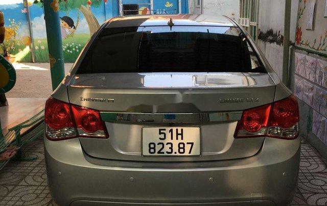 Cần bán xe Chevrolet Cruze LTZ sản xuất năm 2010, màu xám, xe nhập5