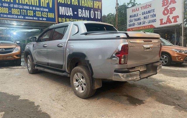 Bán Toyota Hilux sản xuất 2016, xe nhập còn mới4