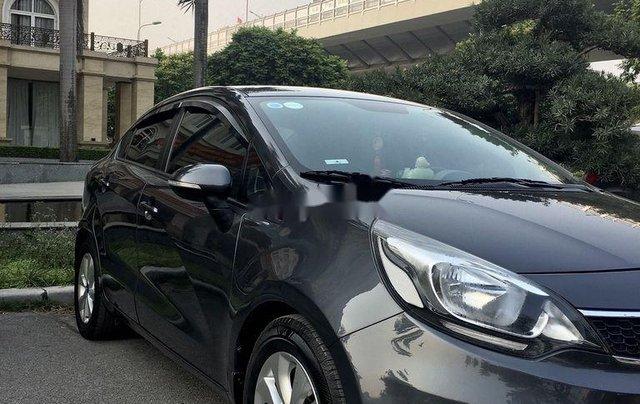 Cần bán Kia Rio đời 2016, màu đen, xe nhập chính chủ0