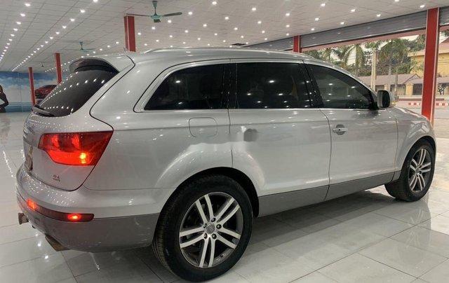 Xe Audi Q7 năm sản xuất 2006, màu bạc, nhập khẩu 0