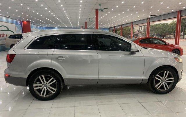 Xe Audi Q7 năm sản xuất 2006, màu bạc, nhập khẩu 1
