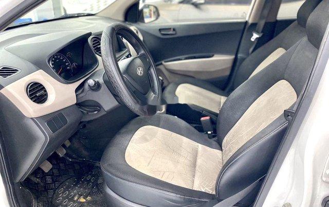 Bán Hyundai Grand i10 sản xuất 2019, màu trắng chính chủ6