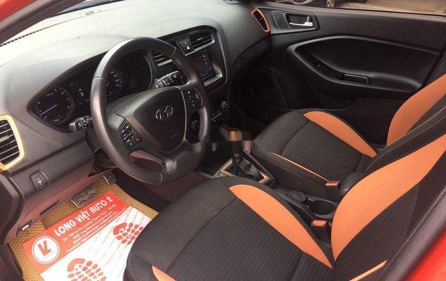Cần bán Hyundai i20 Active sản xuất năm 2016, màu đỏ9
