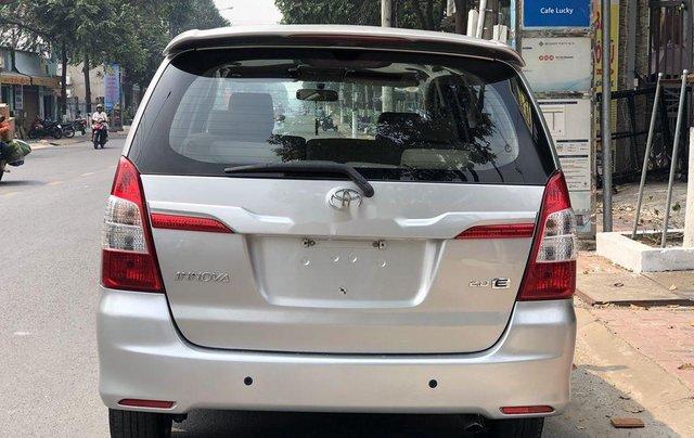 Cần bán lại xe Toyota Innova 2.0E MT sản xuất năm 20163