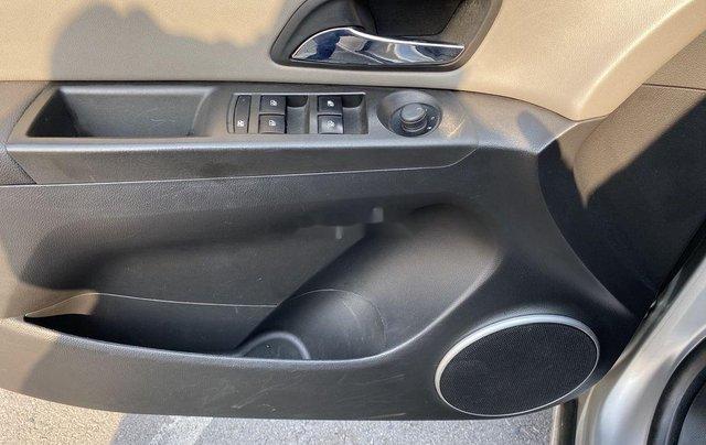 Bán Chevrolet Cruze LTZ 1.8 AT sản xuất năm 20124