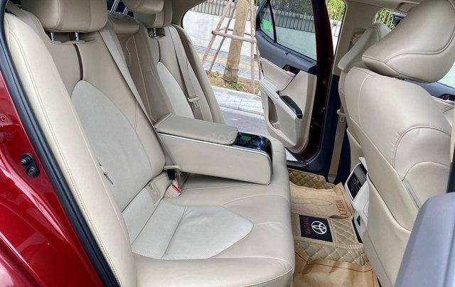 Cần bán xe Toyota Camry 2.5Q SX 20195