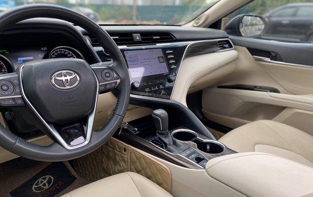 Cần bán xe Toyota Camry 2.5Q SX 20194