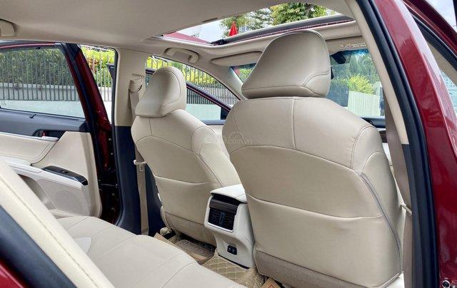 Cần bán xe Toyota Camry 2.5Q SX 20196