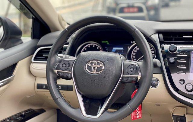 Cần bán xe Toyota Camry 2.5Q SX 20197