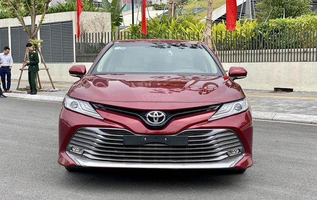 Cần bán xe Toyota Camry 2.5Q SX 20193