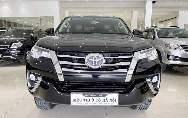 Bán xe Toyota Fortuner màu đen, máy dầu, siêu đẹp, trả góp chỉ 346 triệu0