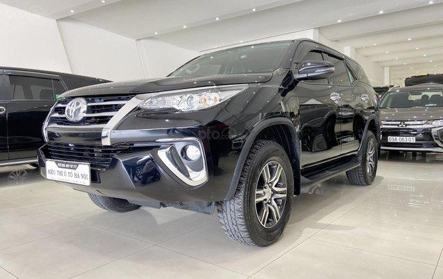 Bán xe Toyota Fortuner màu đen, máy dầu, siêu đẹp, trả góp chỉ 346 triệu2