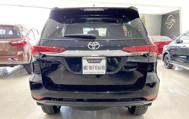 Bán xe Toyota Fortuner màu đen, máy dầu, siêu đẹp, trả góp chỉ 346 triệu3