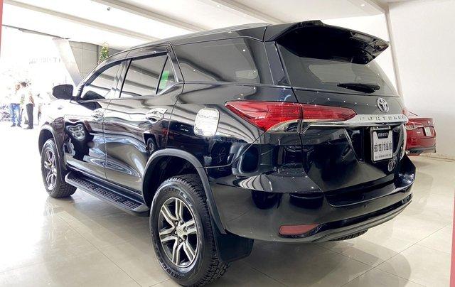 Bán xe Toyota Fortuner màu đen, máy dầu, siêu đẹp, trả góp chỉ 346 triệu5