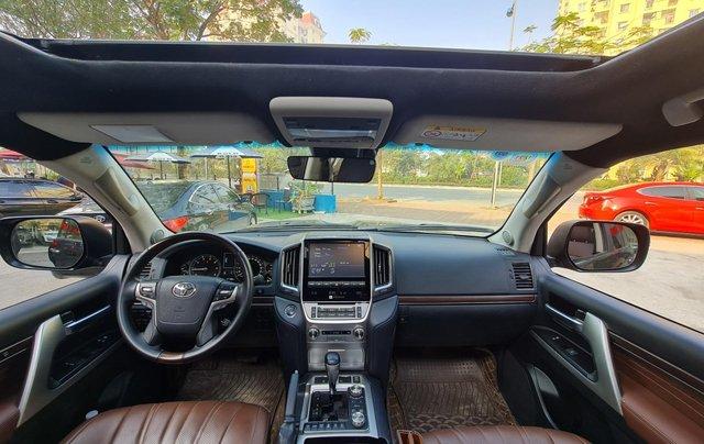 Bán Toyota Land Cruiser VXR 5.7L, sản xuất 2019, màu đen, xe Trung Đông, xe cũ2