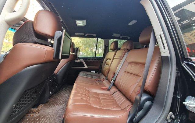 Bán Toyota Land Cruiser VXR 5.7L, sản xuất 2019, màu đen, xe Trung Đông, xe cũ5