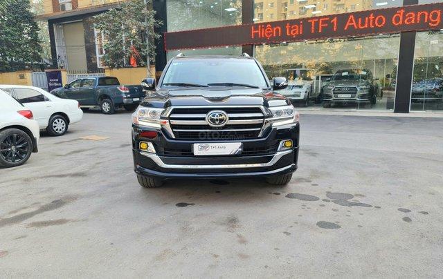 Bán Toyota Land Cruiser VXR 5.7L, sản xuất 2019, màu đen, xe Trung Đông, xe cũ6