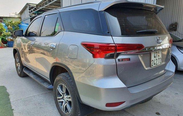 Bán xe Toyota Fortuner năm 2018, xe chính chủ giá ưu đãi2