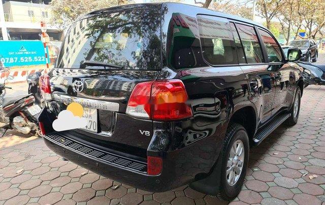 Cần bán xe Toyota Land Cruiser sản xuất năm 2013, nhập khẩu nguyên chiếc2