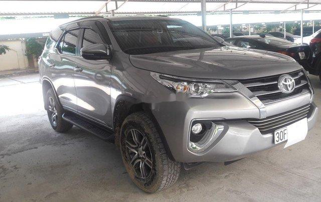Cần bán lại xe Toyota Fortuner năm sản xuất 2019 còn mới, giá tốt0