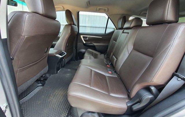 Bán xe Toyota Fortuner năm 2018, xe chính chủ giá ưu đãi11